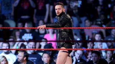 Finn Balor invade la ICW in Scozia *VIDEO*