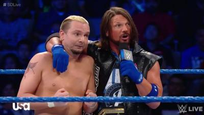 La WWE crea una maglietta per James Ellsworth *FOTO*