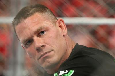 John Cena nell'Elimination Chamber e' battibile?