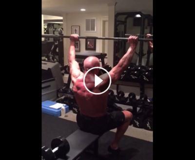 (VIDEO) Che fisico! Ecco come si allena Triple H