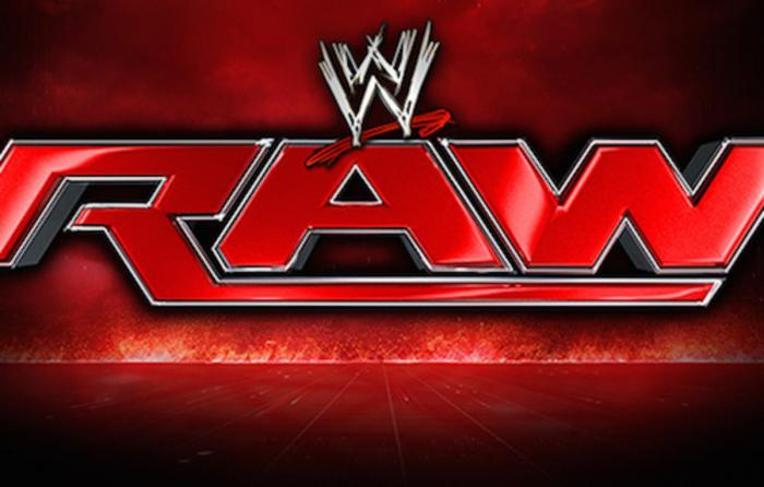I numeri di raw precipitano in vista di crown jewel - Monday night raw images ...