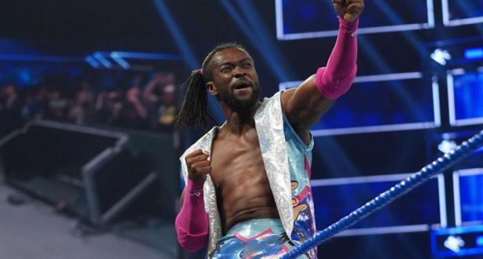 Clamoroso cambio di look? L'esilarante video di Kofi Kingston