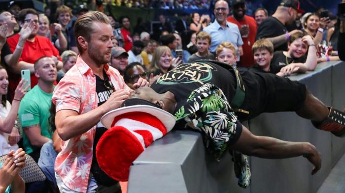 R-Truth e Drake Maverick in una fiera di fumetti: WWE 24/7 Title in bilico?