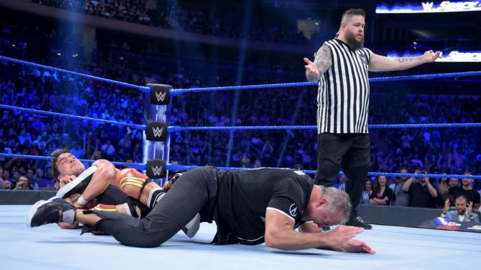 Dirty Deeds - Verità scomode: WWE, porta a Raw un pizzico di SmackDown!