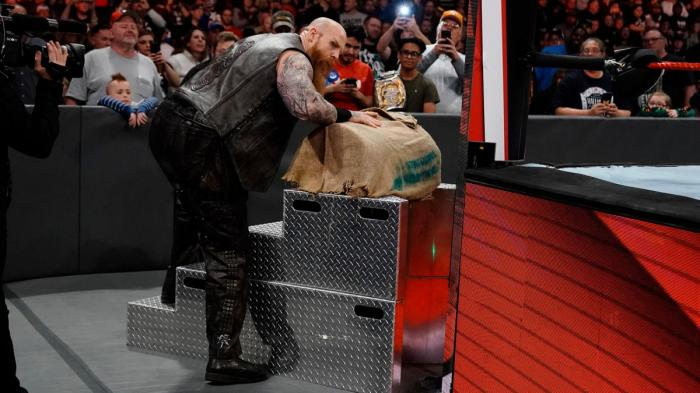 WWE Raw 2/12/2019 report (3/3) - Un Architetto sincero e profumato
