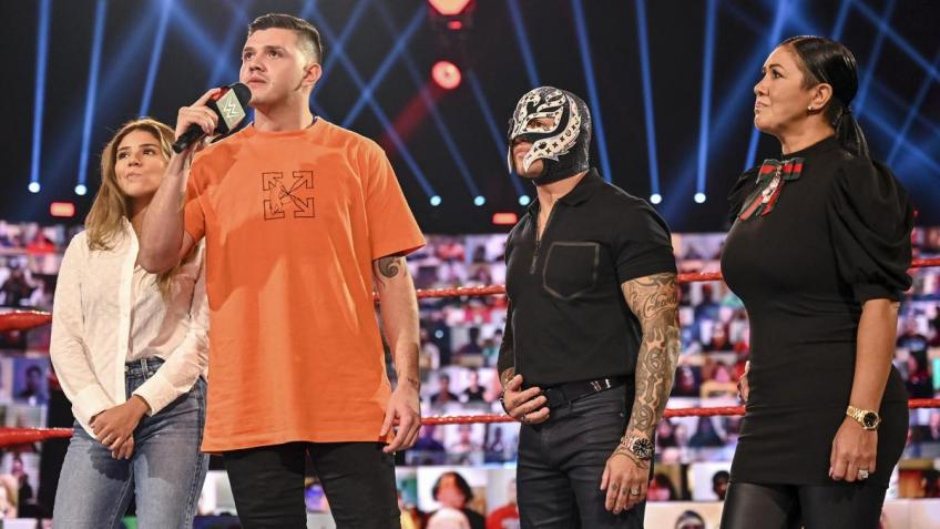 WWE Raw 07/09/2020 report (2/3) - Confronto iconico