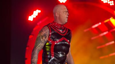 "Dustin Rhodes/Goldust tuona: ""In WWE mi sentivo come in una prigione"""