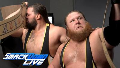 WWE SmackDown 11/06/2019 report - Cartons and boxes
