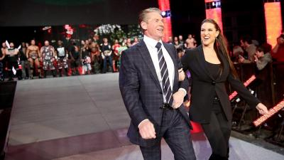 Business is booming – L'odore dei soldi in WWE, Episode 1: The best for business