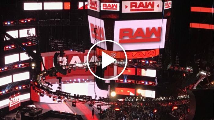 Raw a New York: la WWE regala un'altra emozione ai fan a telecamere spente