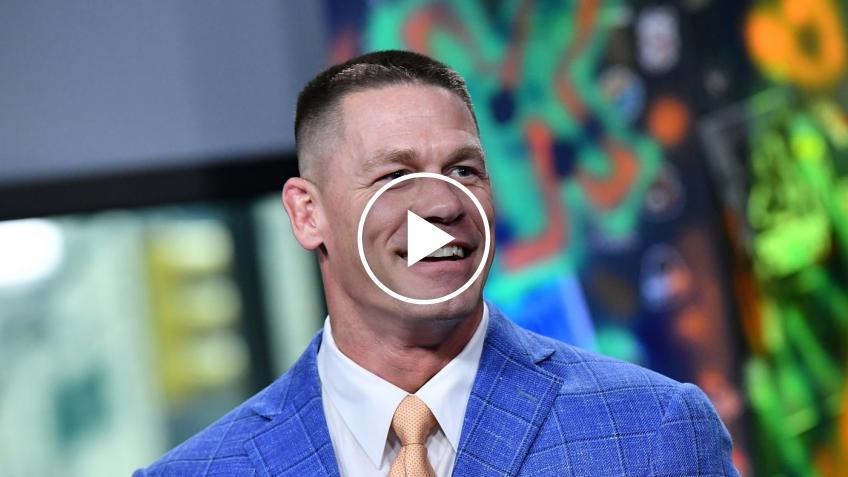 John Cena procura una commozione cerebrale ad un comico americano fuori dalla WWE
